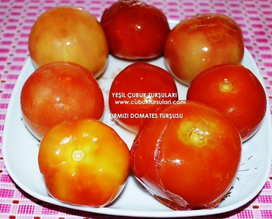 kirmizi-domates-tursusu